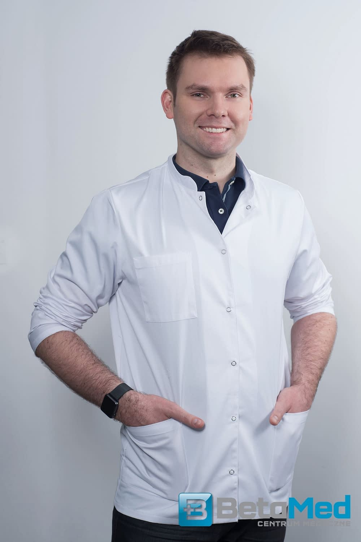 Lek. Adrian Leśniak - diagnosta USG