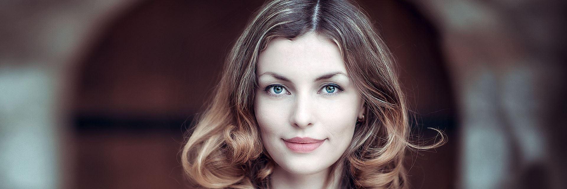 Piękna twarz kobiety - zbliżenie